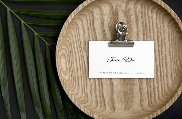 Scandi Minimalist Business Card Mockups Set   Recursos gratuitos de mayo para diseñadores